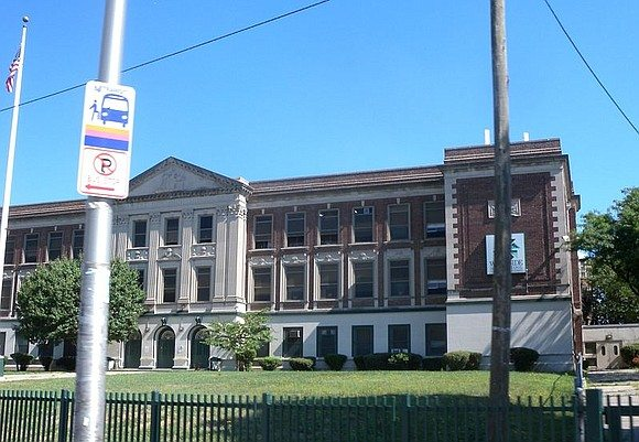 Control of public schools transferred back to the city in Newark
